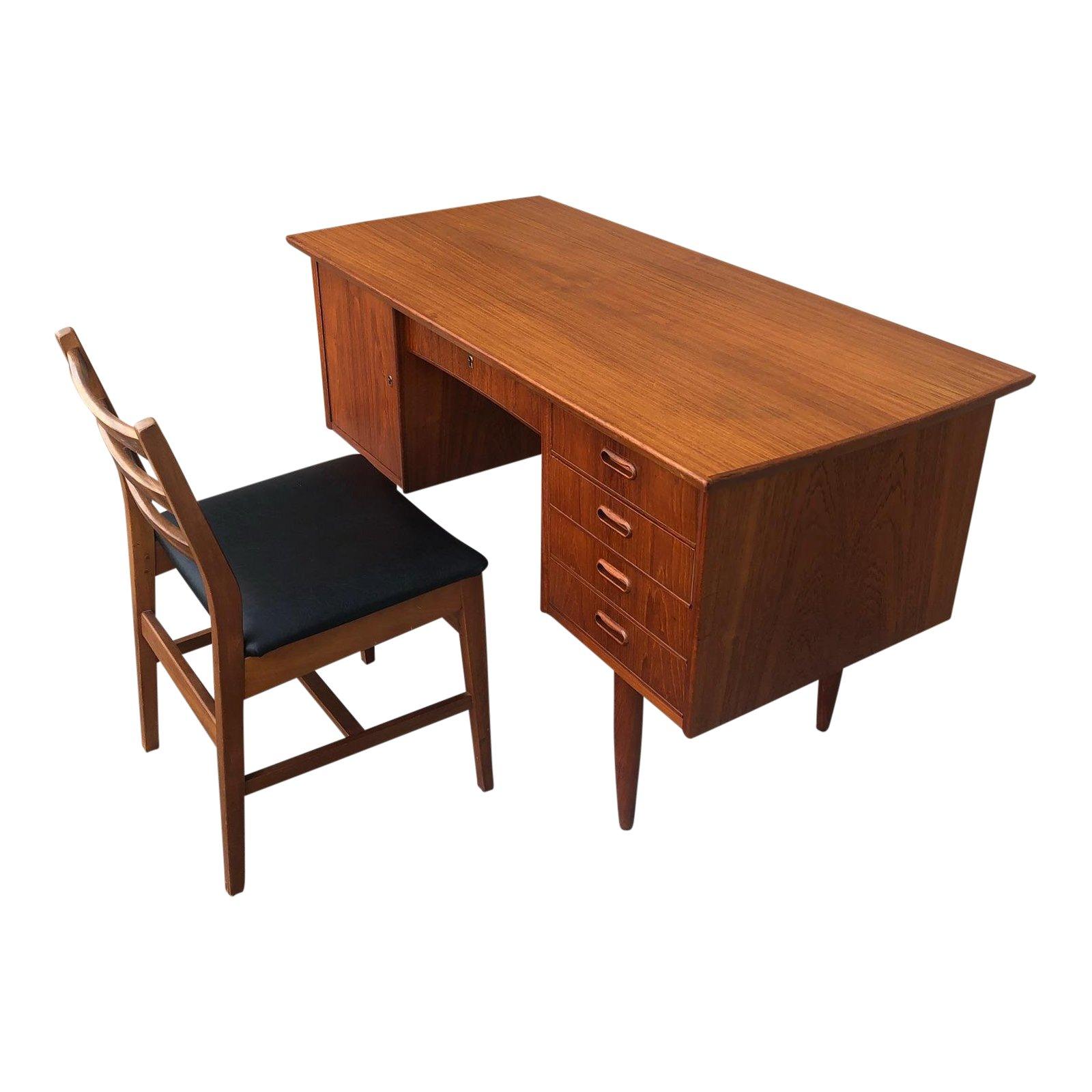 Image of: Danish Modern Teak Desk Chair Princessantiques Net